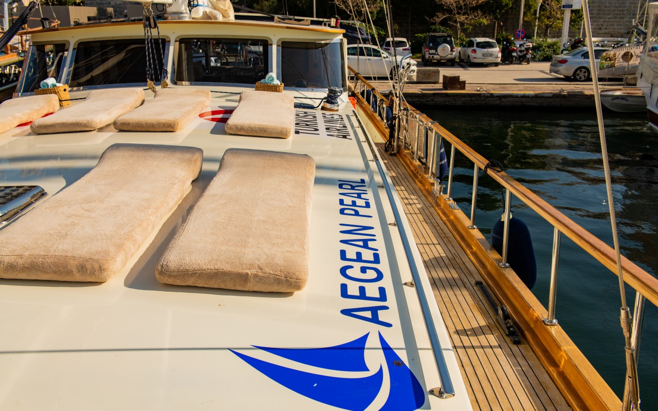 Yat Aegean Pearl
