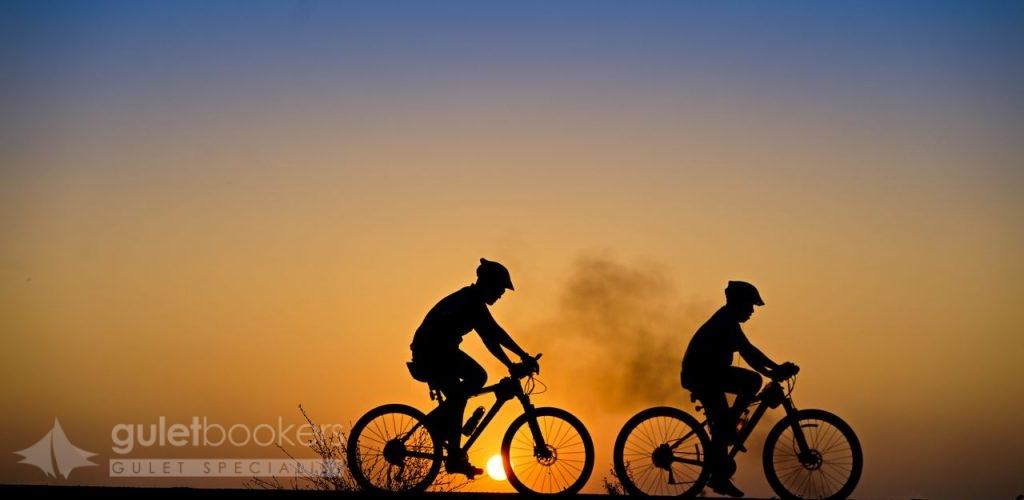 Posti ideali per combinare il ciclismo e la crociera in barca